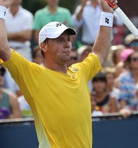 """Kojos skausmų nepalaužtas Ričardas Berankis """"US Open"""" starte išplėšė dramatišką pergalę"""
