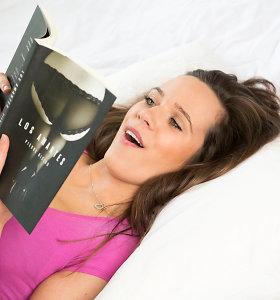 7 priežastys, kodėl moterys skaito erotinę literatūrą ir kodėl verta tą daryti