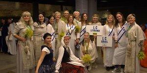 Vilniuje nuvilnijo moterų iš įvairių pasaulio šalių eitynės