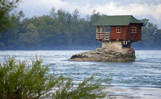 Būtina pamatyti: keisčiausi namai pasaulyje