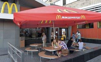 """Kremliaus kerštas Vašingtonui: rusai liks be """"McDonald's"""" restoranų"""