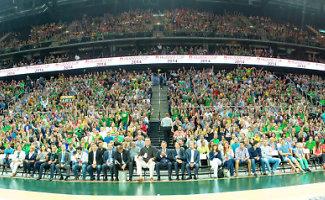 8000 krepšinio sirgalių linkėjimas rinktinei – panoraminėje nuotraukoje