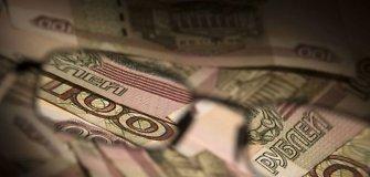 """""""Brent"""" rūšies naftos kaina ir Rusijos rublio kursas – istorinėse žemumose"""