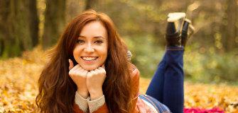 5 plaukų priežiūros patarimai rudeniui