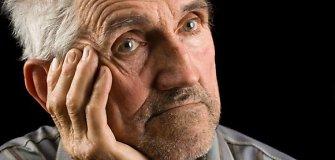 Vyriausybė svarstys siūlymą 200 litų nedidinti senatvės pensijų