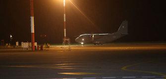 Sumaištis Lietuvos oro uostuose – tariamas sprogdintojas neapsisprendė, kurį sprogdins