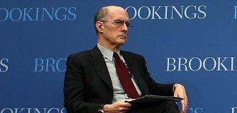 """S.Talbottas: """"Baikite kalbėti apie Rusijos įsiveržimo į Ukrainą pavojų. Ji tai jau padarė"""""""