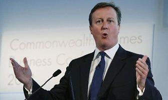 Emigrantams gali būti riesta: Davidas Cameronas turi planą, kaip sumažinti jų srautus