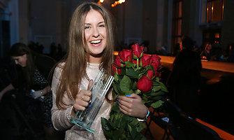 """Jaunųjų kūrėjų konkurso """"Dizainos dienos 2014"""" apdovanojimas – Melitai Rus"""