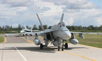 Britų generolas: NATO negalėtų sustabdyti Rusijos invazijos į Rytų Europą