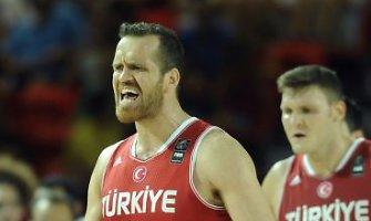 Turkai įsitikinę, kad nugalėti Lietuvos krepšininkus jiems padės Alachas
