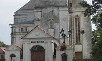 Už pusę milijono litų bus restauruojama Veliuonos bažnyčia