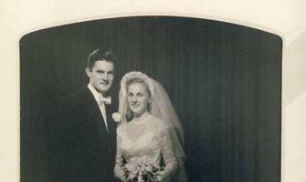 Prezidentas Valdas Adamkus su žmona Alma mini 63-iąsias vestuvių metines