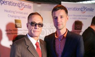 Už nuotrauką su Jeanu Claude'u Van Damme'u gerbėjas sumokėjo 4,1 tūkst. litų