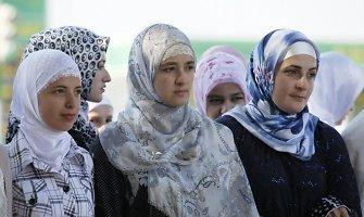 Moterys Čečėnijoje ir Dagestane užmušamos ir dėl žinučių nuo pažįstamų vyrų