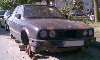 Seimas siekia anuliuoti dalį liepos 1-ąją priimtų automobilių išregistravimo pataisų