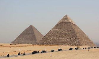 Fizikai rado paprastą paaiškinimą, kaip egiptiečiai gabeno 2,5 t blokus piramidėms