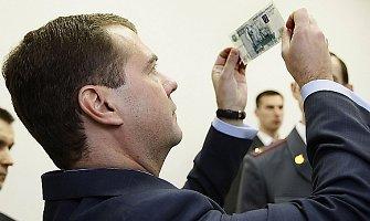 Rusijos valdžia ruošia žmones augančiam nedarbui ir algų mažėjimui
