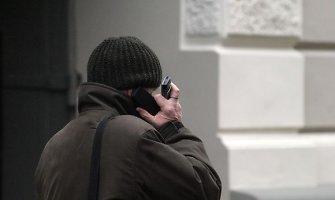 Ne iš kelmo spirta alytiškė įžūlų telefoninį sukčių pridavė policijai