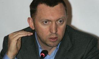 """Oligarchas Olegas Deripaska Rusijos televizijai: """"Rusiją valdo nevykėliai ir beraščiai"""""""