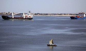 Egipte pradedama kasti naują Sueco kanalą