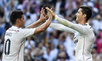"""Pirmasis šio sezono """"El Clasico"""" baigėsi įtikinama """"Real"""" pergale prieš """"Barcelona"""" 3:1"""