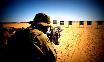 Kaip šauktinių kariuomenė gali stiprinti pilietiškumą?