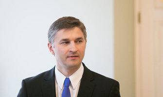 """J.Neverovičius: netrukus taikos sutartis baigs vieną arbitražo bylą su """"Gazprom"""""""