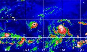 Havajai ruošiasi dviejų uraganų smūgiams