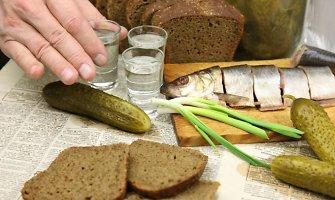 Rusijoje populiarėja alus, degtinės pirkimas sumažėjo