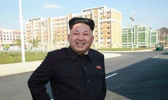 Paryžiuje bandyta pagrobti Kim Jong Uno dėdės sūnų