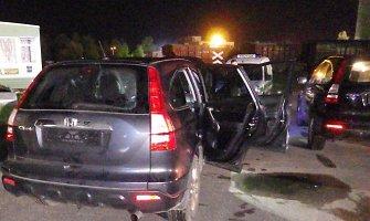 """Kauno policija sulaikė Vokietijoje, Nyderlanduose ir Čekijoje vogtus """"Honda CR-V"""" visureigius"""