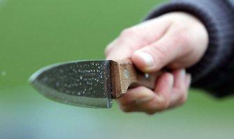 Ginkluotas plėšikas ankstų rytą Lentvaryje dėl poros litų užpuolė vaiką