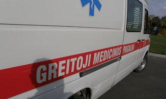 Klaipėdos medikų globoje atsidūrė iš 3 aukšto balkono iškritusi mergina