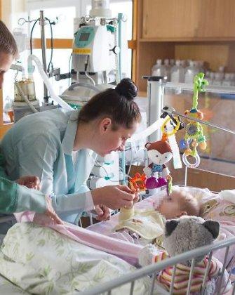 Donoro širdies laukiančios mažosios Estrėjos tėvai: didžiausias pasiekimas, kad ji vis dar gyva