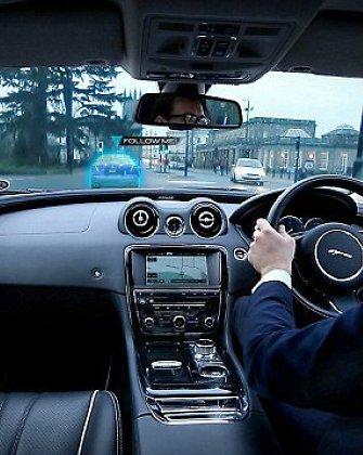"""""""Jaguar"""" pristatė sistemą, kuri panaikins akląsias zonas"""
