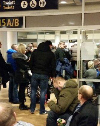 Ilgas laukimo valandas Norvegijos Stavangerio oro uoste ištvėrę lietuviai vis dėlto išvyko namo