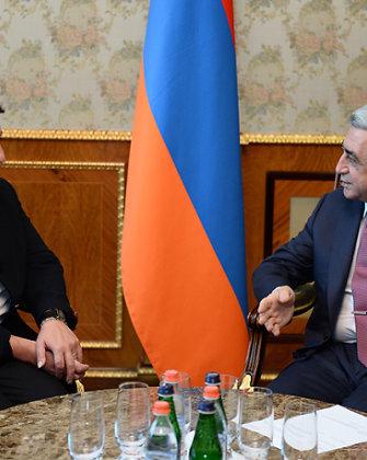 """Armėnijos prezidentas Seržas Sarkisianas: """"Mes auka savęs nelaikome"""""""