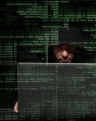 """Panaudoję """"Windows"""" saugumo spragą Rusijos programišiai įsibrovė į NATO kompiuterius"""