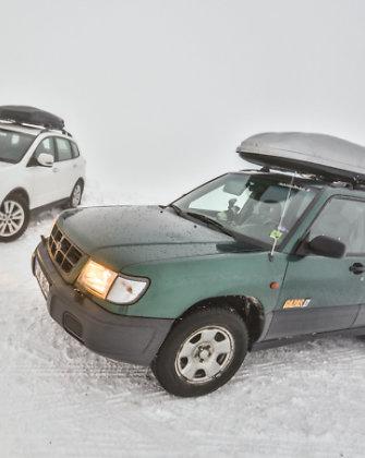 """Naujametė kelionė: lietuviškų """"Subaru"""" nuotykiai Suomijos sniegynuose"""
