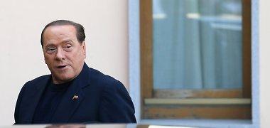 """Silvio Berlusconi pradėjo derybas dėl """"Milan"""" pardavimo"""