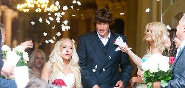 """Oksana Pikul pašiepė būrėją: """"Pamenu, prieš metus Vaiva Budraitytė išpranašavo mūsų santuokos griūtį"""""""