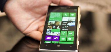 """""""Nokia Lumia 925"""": du žingsniai į priekį, vienas atgal (apžvalga)"""