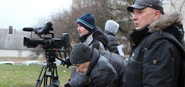 """Nauja TV3 komedija """"Obelis nuo obels"""" privers pažvelgti į šeimos dramą su humoru"""
