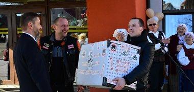 Kauno neįgaliuosius su naujuoju centru pasveikino muaythai kovotojai