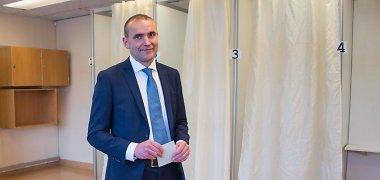 Islandijos prezidentu išrinktas politikos naujokas Gudni Johannessonas