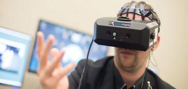 Virtualios realybės pornografija ir vienatvės ateitis