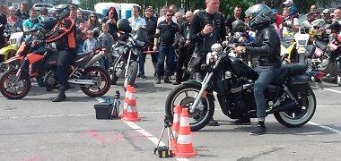 Kauną užtvindė baikeriai – mieste ir rajone vyksta kasmetinė motociklininkų šventė
