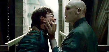 """Laimėk kvietimus į filmus """"Haris Poteris ir mirties relikvijos. 2 dalis"""" ir """"Blitz""""!"""