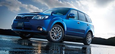 """Dėl saugos diržų defektų atšaukiama 275 tūkst. """"Subaru Forester"""""""